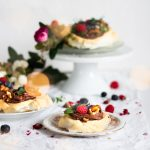 Mini Pavlova with Chocolate Avocado Mousse and Berry Syrup - BEST Dessert - Healthy - Parties - Crowd - Wine Pairing