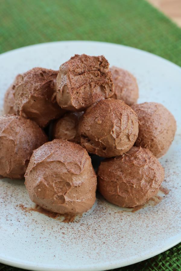 Keto Cinnamon Fat Bombs