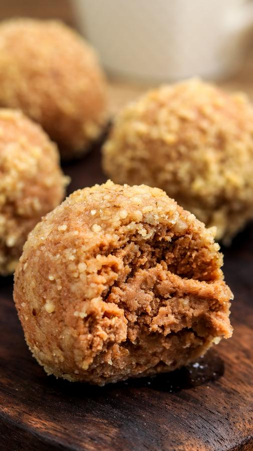 Keto Macadamia Mocha Fat Bombs - Low Carb Recipe